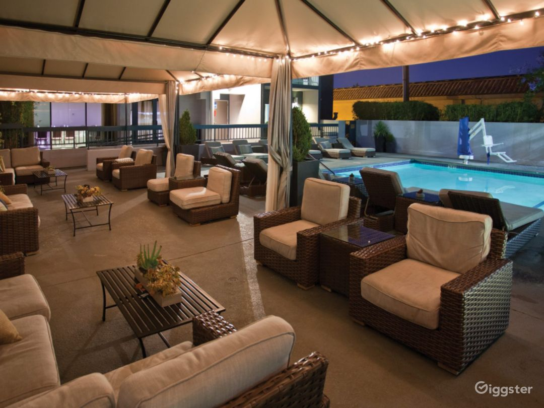A Beautiful and Spacious Pool Area in Sunnyvale Photo 1