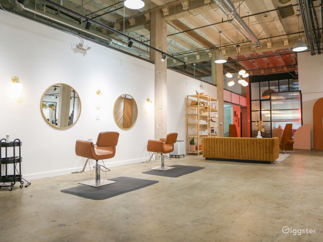 Gorgeous 3,100sq/ft Creative Space in DTLA! Photo 1