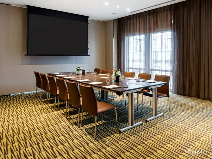 Stylish Private Room 2 in Canary Wharf, London Photo 2