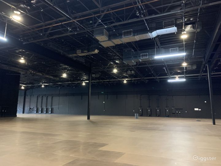 Stage 8  10,444 sq ft  Wood over Concrete Floor 4,800 amps power
