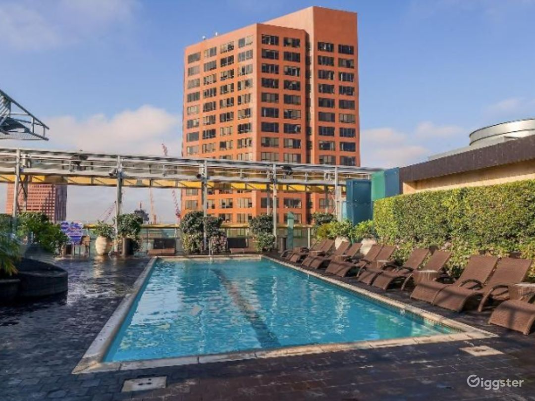 Rooftop with Pool in LA Photo 1