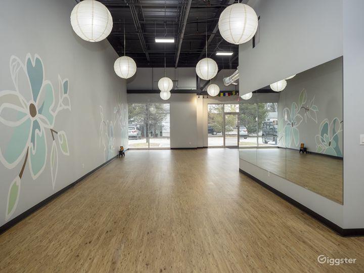 Light, Warm, Airy, and Welcoming Yoga Studio Photo 4