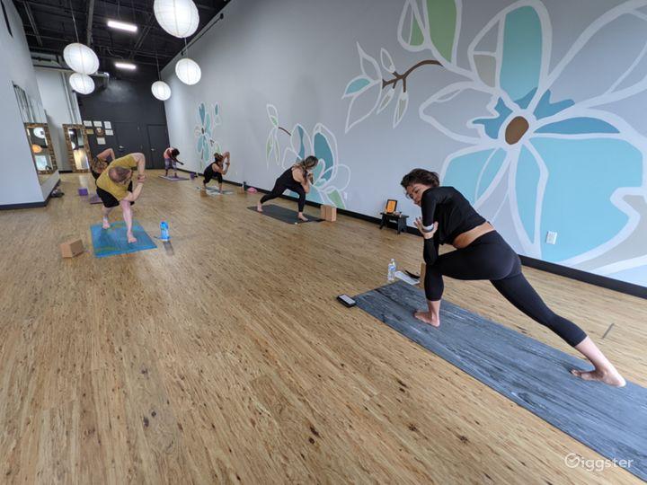 Light, Warm, Airy, and Welcoming Yoga Studio Photo 3