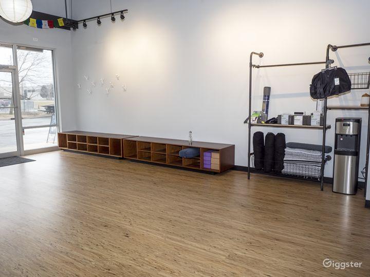 Light, Warm, Airy, and Welcoming Yoga Studio Photo 5