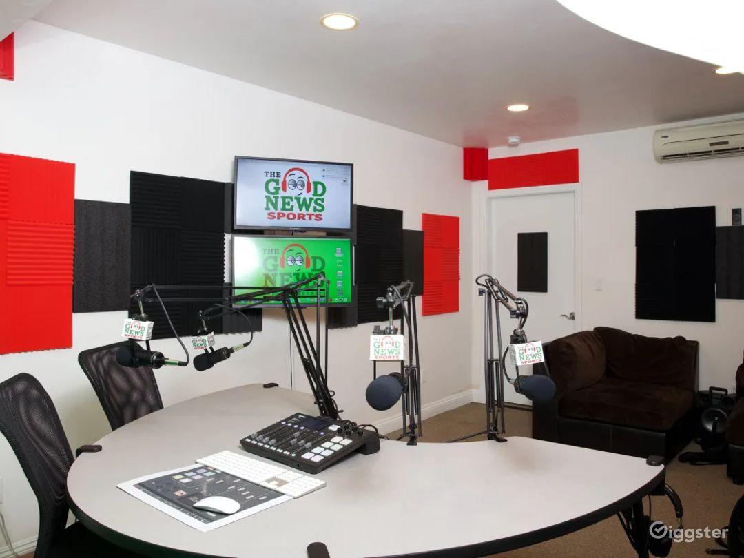 Stylish South Bay Podcast & Recording Studio Photo 1