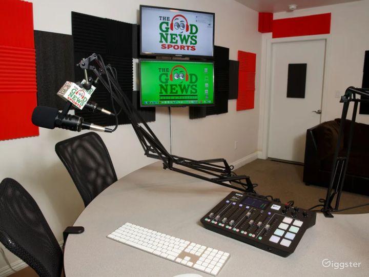 Stylish South Bay Podcast & Recording Studio Photo 3