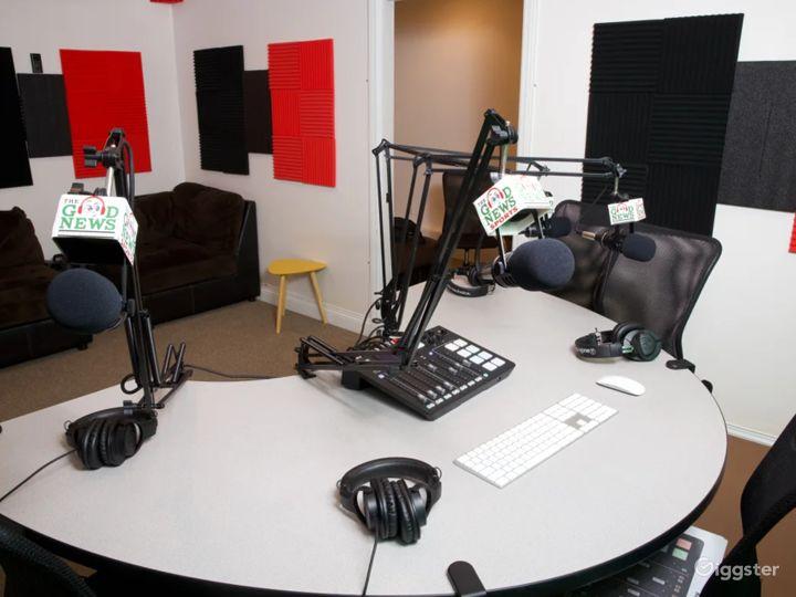 Stylish South Bay Podcast & Recording Studio Photo 5
