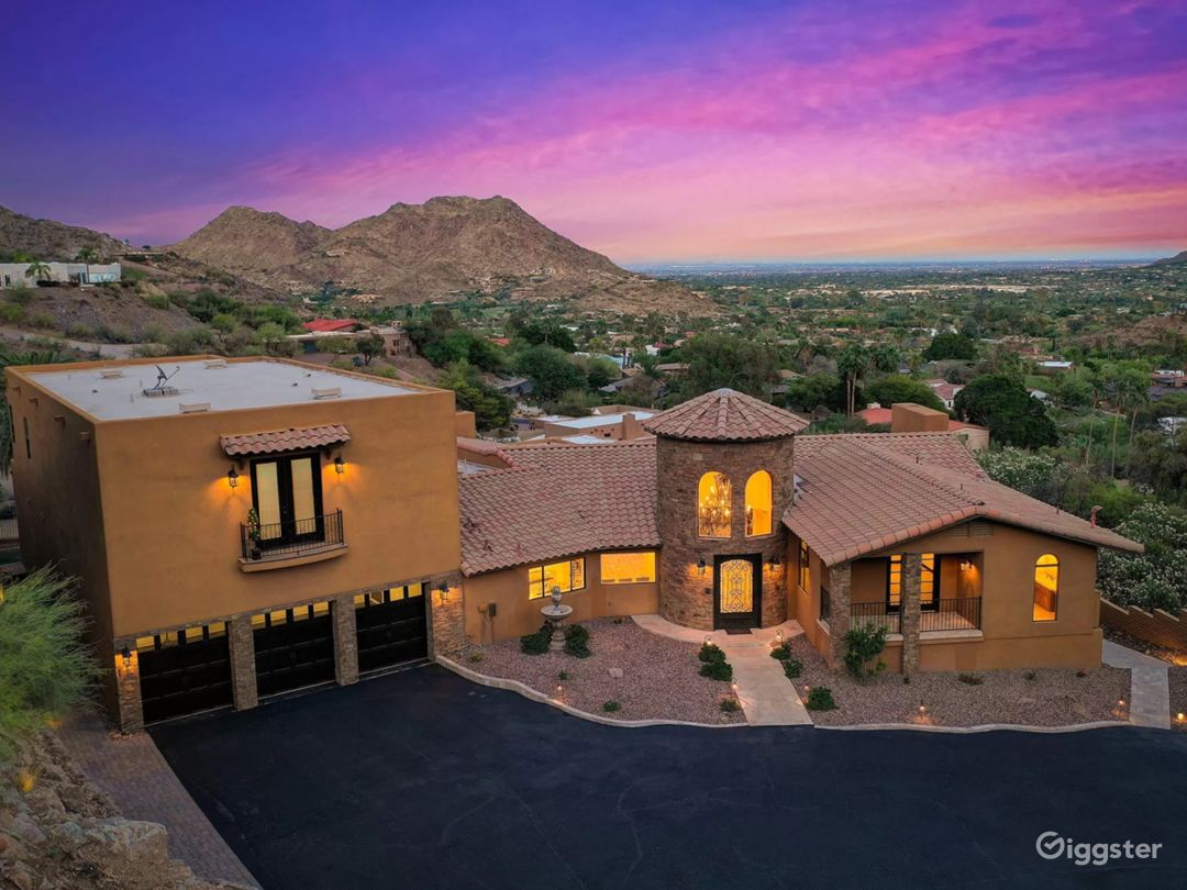 Castle in the hills overlooking Camelback Mountain Photo 1