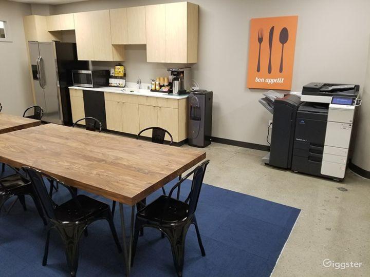 Medium-sized Meeting Room in Spokane  Photo 5
