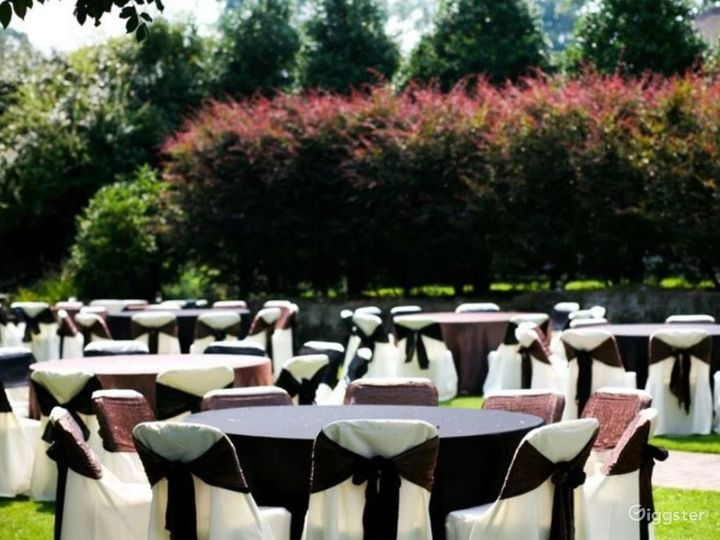 Enchanting Garden Wedding Reception  Photo 5