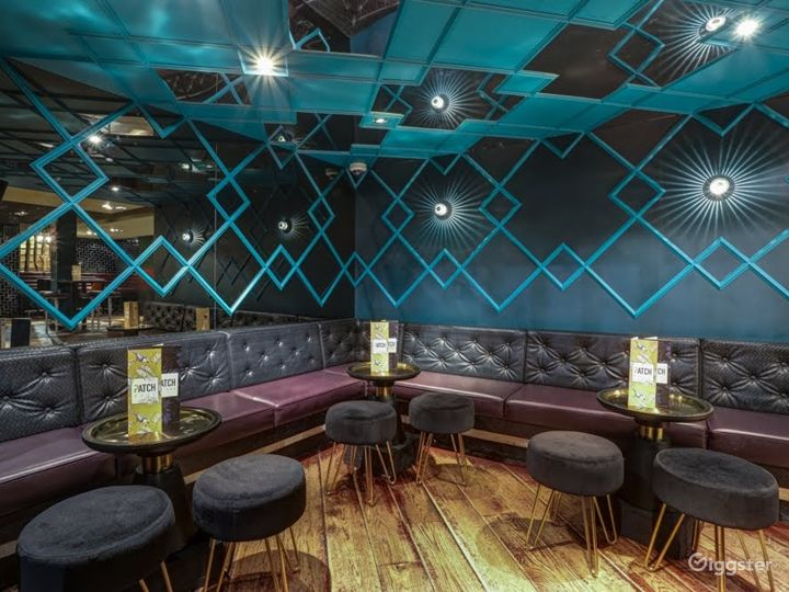 Stylish Inner City Cocktail Bar & Club Photo 3