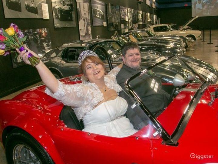 Las Vegas Wedding in a Museum Photo 2