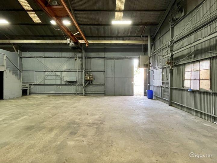 Industrial Warehouse Studio with Crane Photo 3