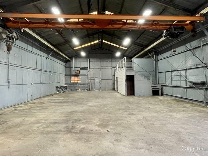 Industrial Warehouse Studio with Crane Photo 2