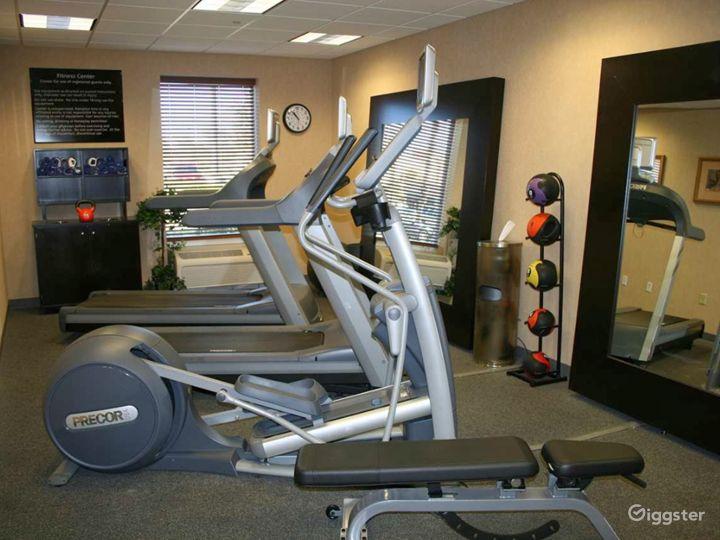 Modern Hotel Gym in Lakeland Photo 4