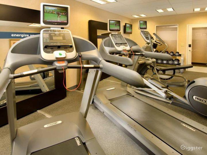 Modern Hotel Gym in Lakeland Photo 3