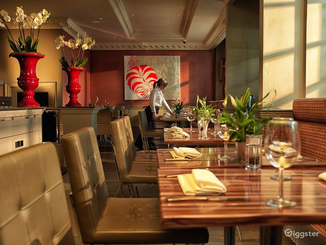 Magnificent Restaurant in London, Heathrow Photo 1