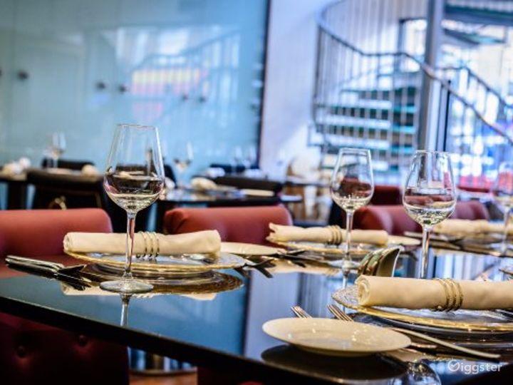 Magnificent Restaurant in London, Heathrow Photo 3