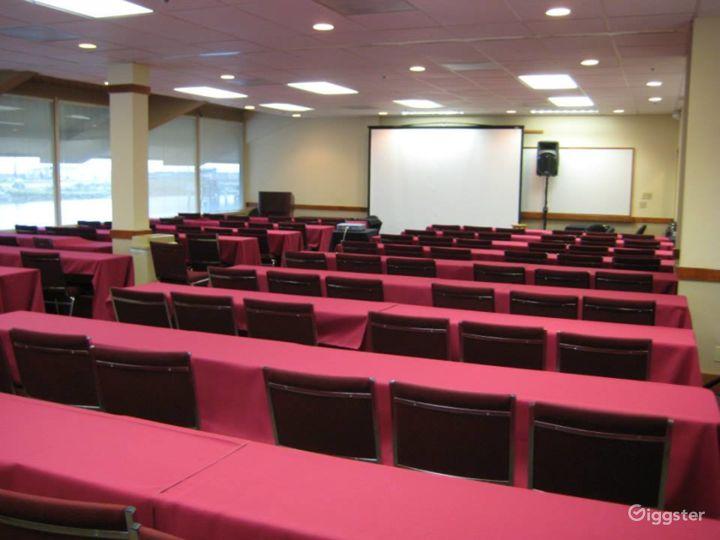 Bright Training Classroom in Redwood City Photo 2