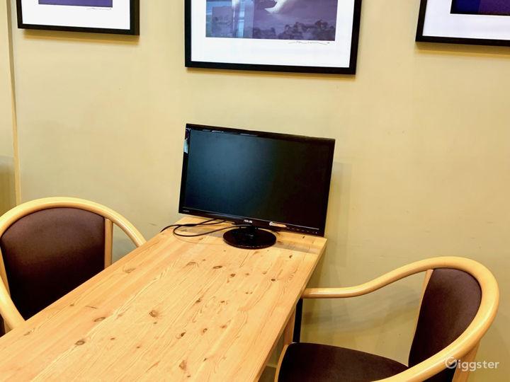 The Hive Meeting Room Photo 4