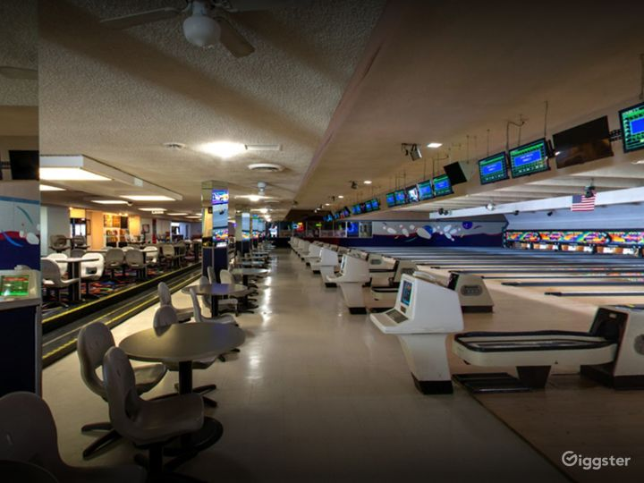 Traditional Bowling Lanes for Events in Tucson Photo 3