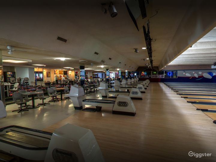 Traditional Bowling Lanes for Events in Tucson Photo 4