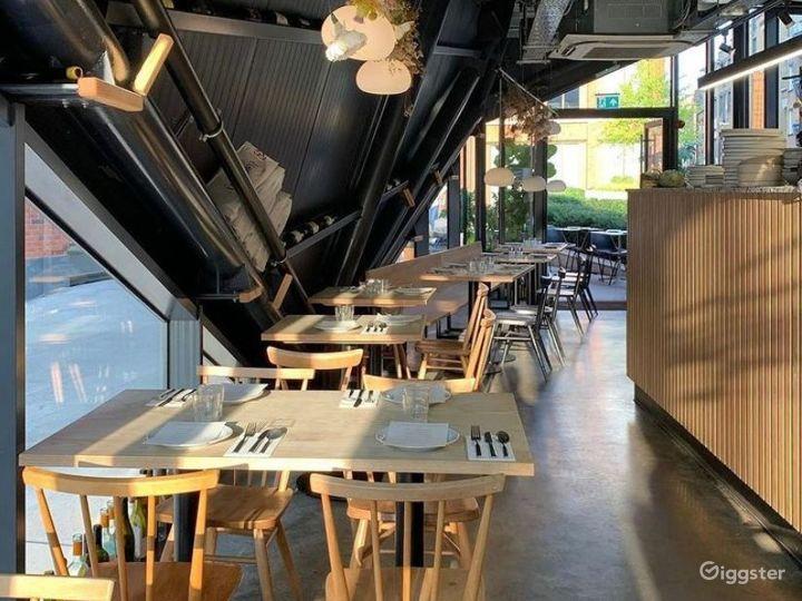 Café, Restaurant & Wine bar in Spitalfields Photo 2