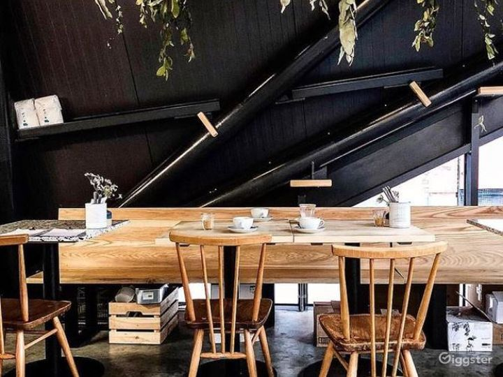 Café, Restaurant & Wine bar in Spitalfields Photo 4