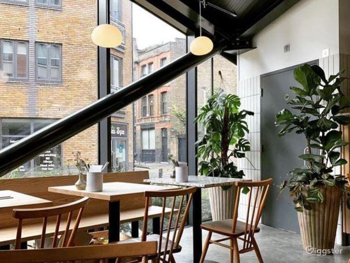 Café, Restaurant & Wine bar in Spitalfields Photo 5