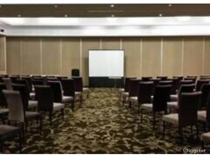 Conference Room for Meetings and Small Gatherings Photo 2