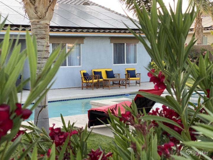 Midcentury modern 4 bed House + tropical backyard Photo 2