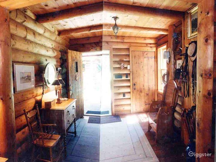 Log cabin on: Location 2293 Photo 2