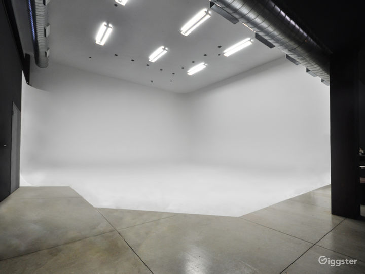 West Side High End Photo and Video Studio
