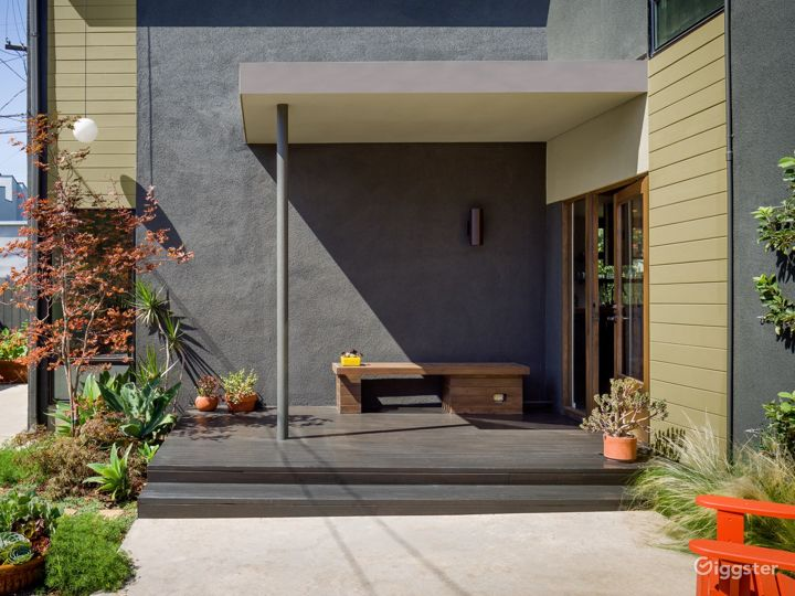 Modern Architectural House in Culver City
