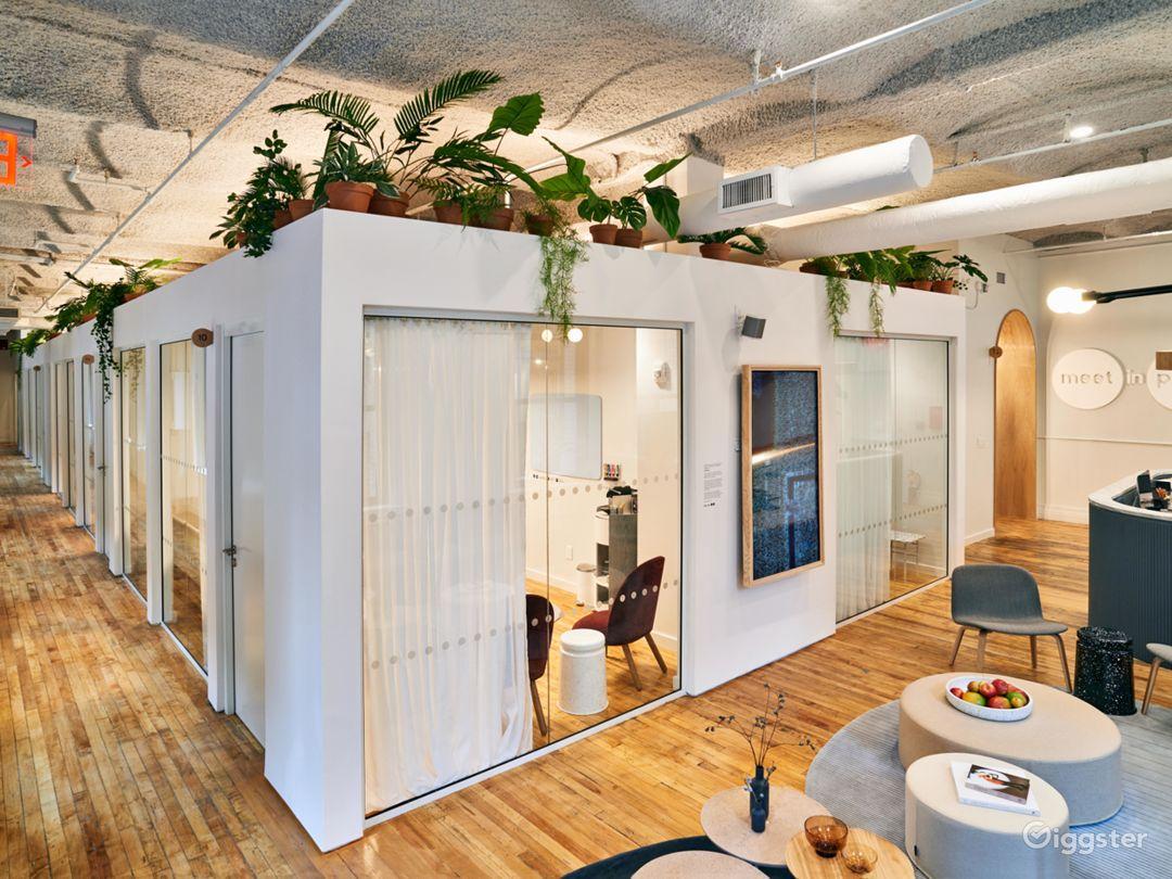 Premium Salon-Like Meeting Room in SoHo  Photo 5