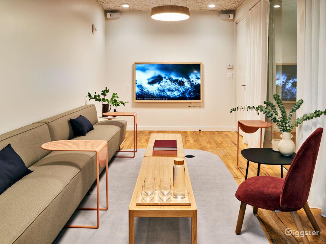 Premium Salon-Like Meeting Room in SoHo  Photo 2