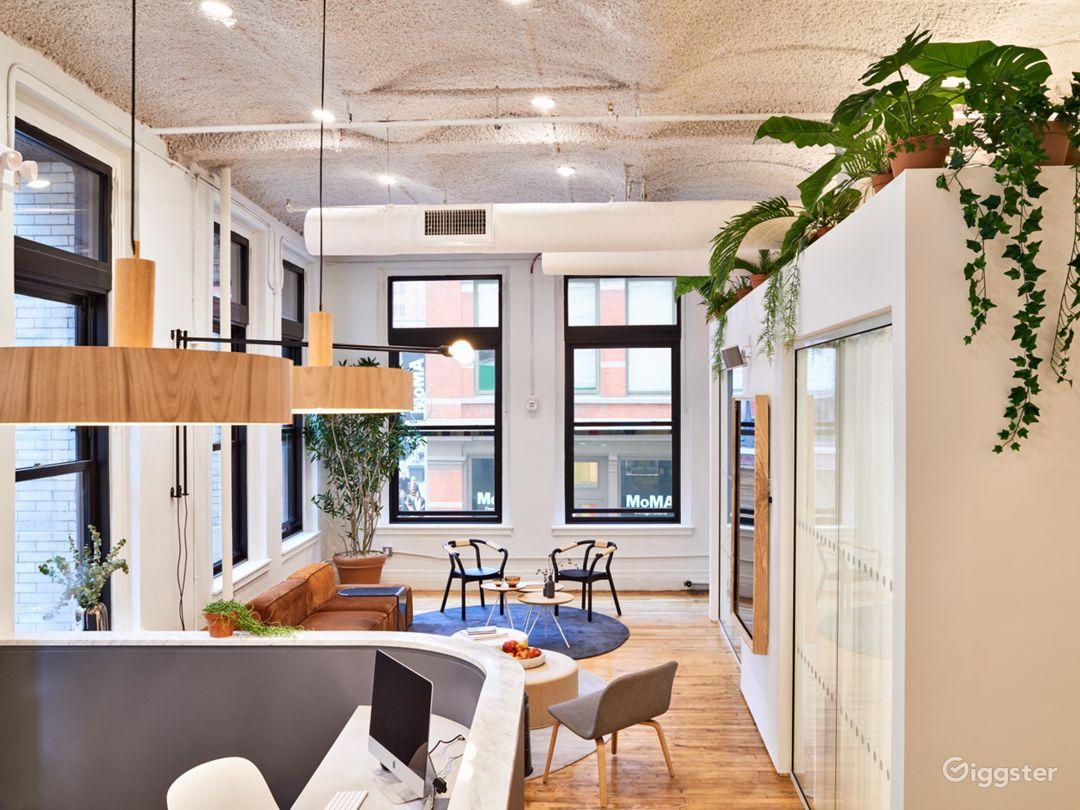 Premium Salon-Like Meeting Room in SoHo  Photo 3