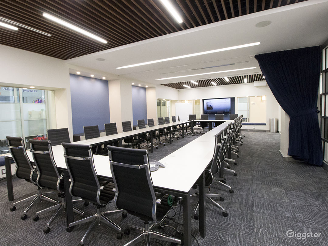 Times Square, Large Modern Conference Room  Photo 2