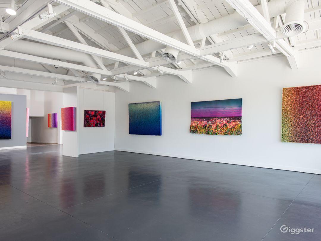White Gallery Photo 4