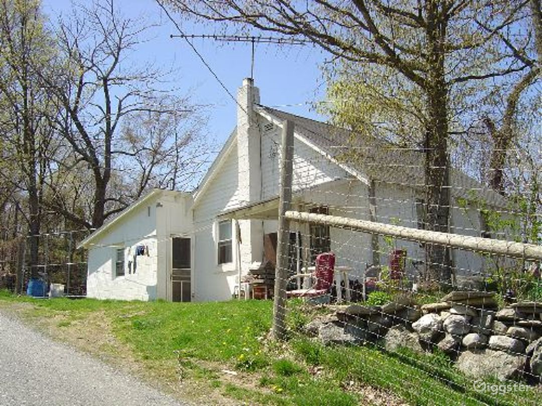 Rustic farm with orchards and acreage: Location 4053 Photo 1