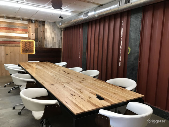 Modern Industrial Style Co-Working Facility Photo 5