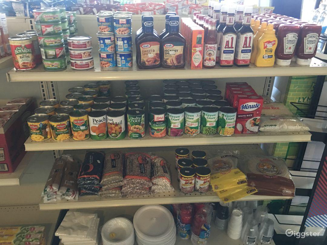 Friendly Neighborhood Convenience Store Photo 3
