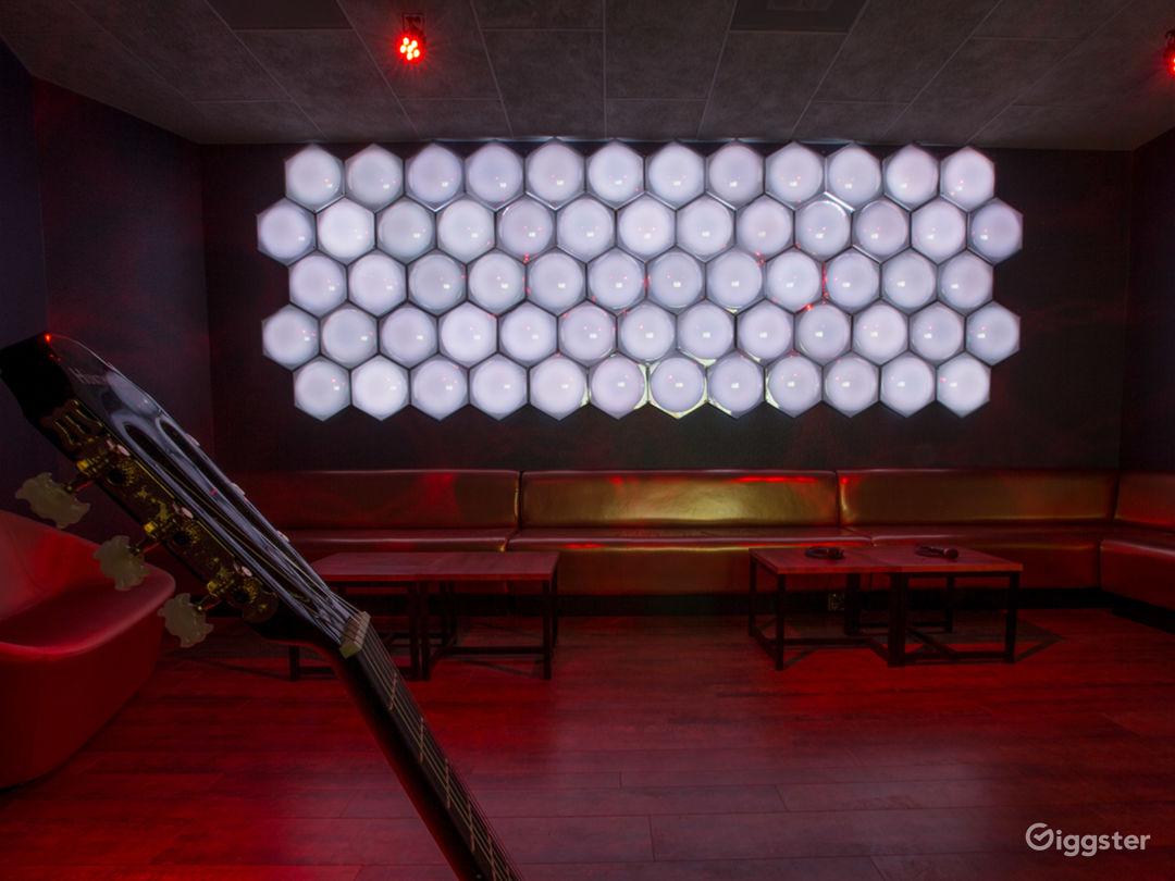 Private Karaoke Room No.17 Photo 1