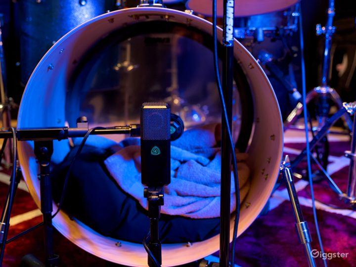 Contemporary Recording Studio in Fort Lee Photo 5