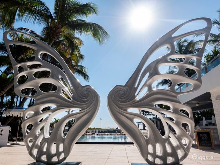 Butterfly Cabanas in Miami Beach Photo 4