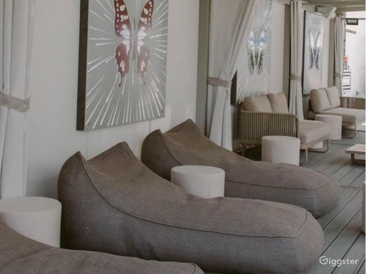 Butterfly Cabanas in Miami Beach Photo 2