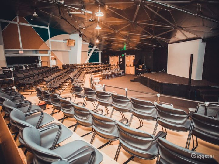 Presentation Theater at The Place of Fine Arts