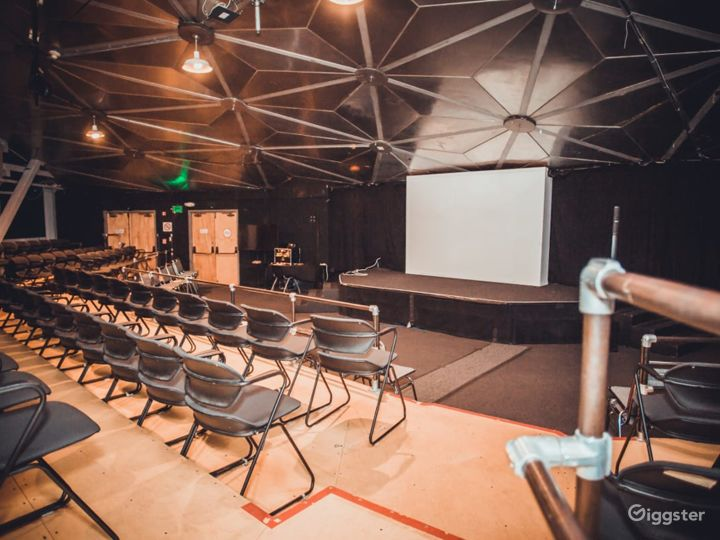 Presentation Theater at The Place of Fine Arts Photo 2
