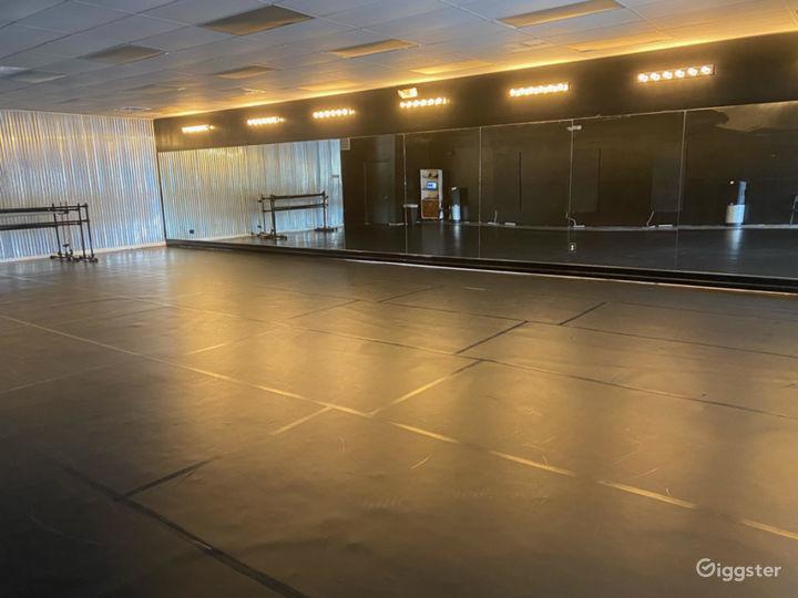1200 sq. ft. Black Velvet Dance studio in Charleston