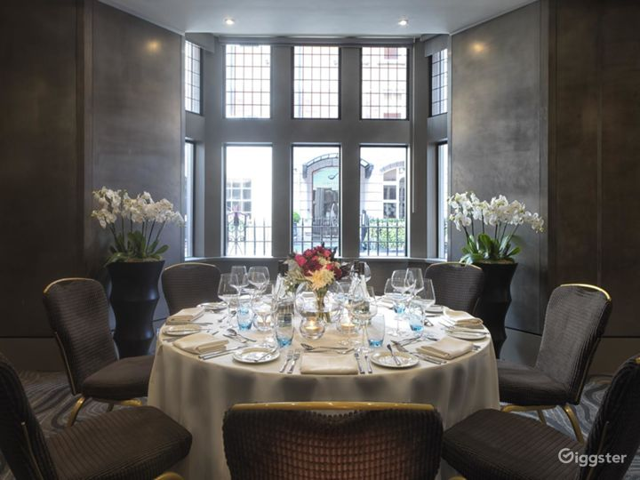 Large Meeting & Event Space in Bloomsbury Street, London Photo 4